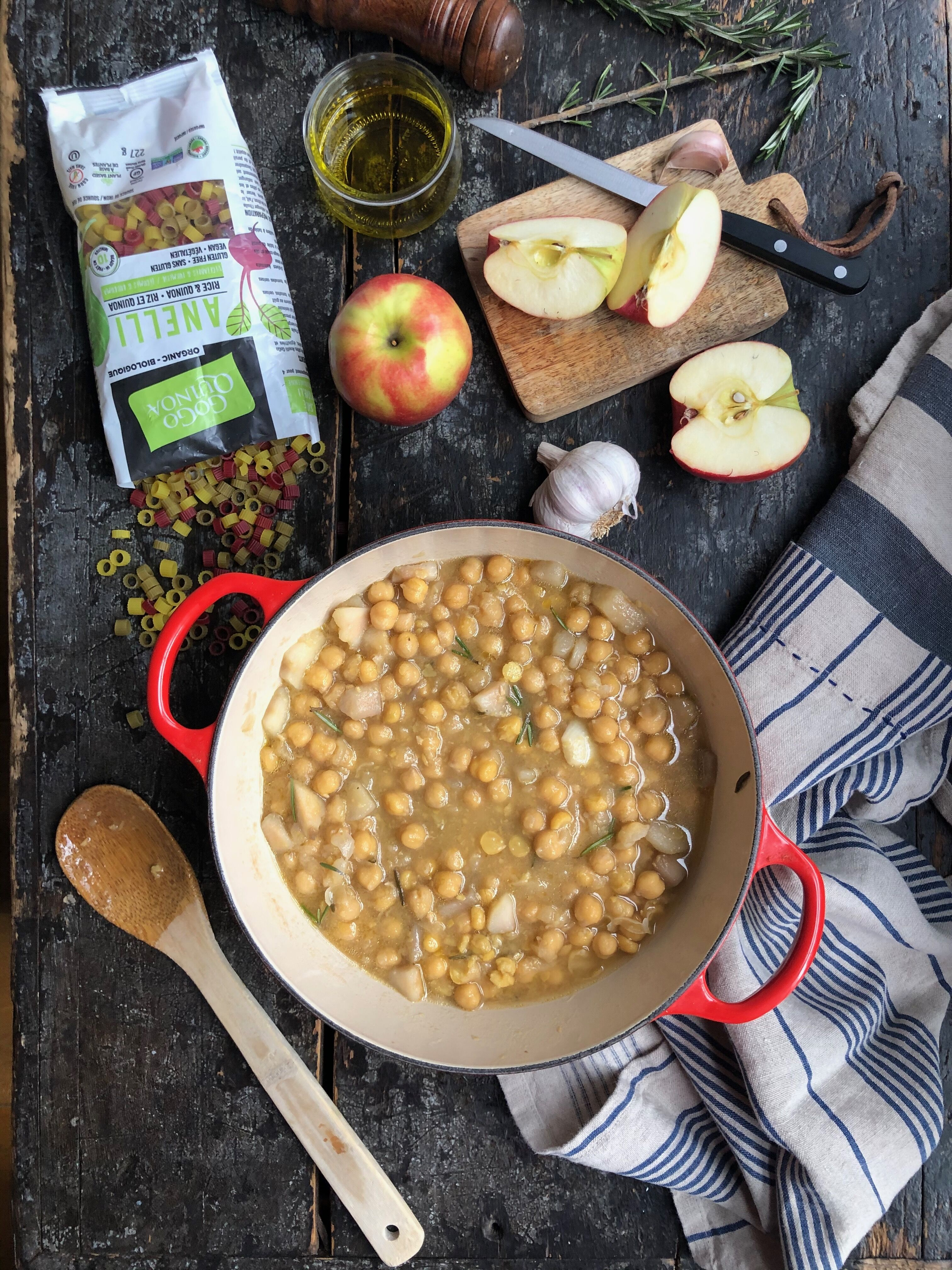 Chickpea Anelli Apple soup